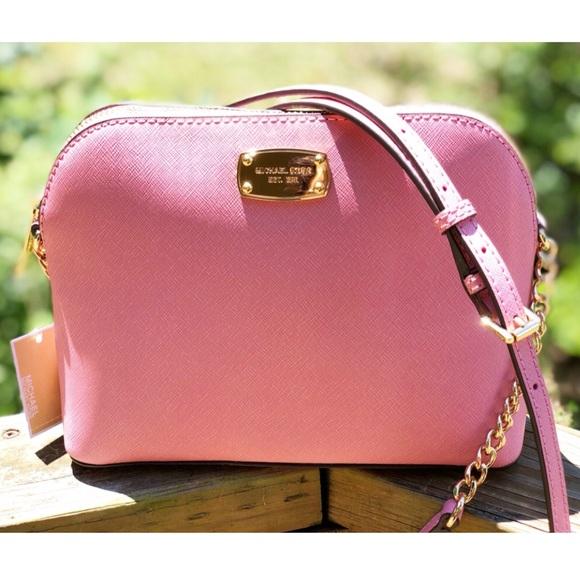 Michael Kors Handbags - ➳ Michael Kors LG Leather Dome Cindy Crossbody